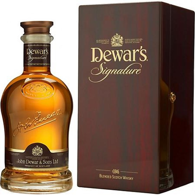 DEWAR'S  SIGNATURE BLENDED SCOTCH WHISKEY 750ml